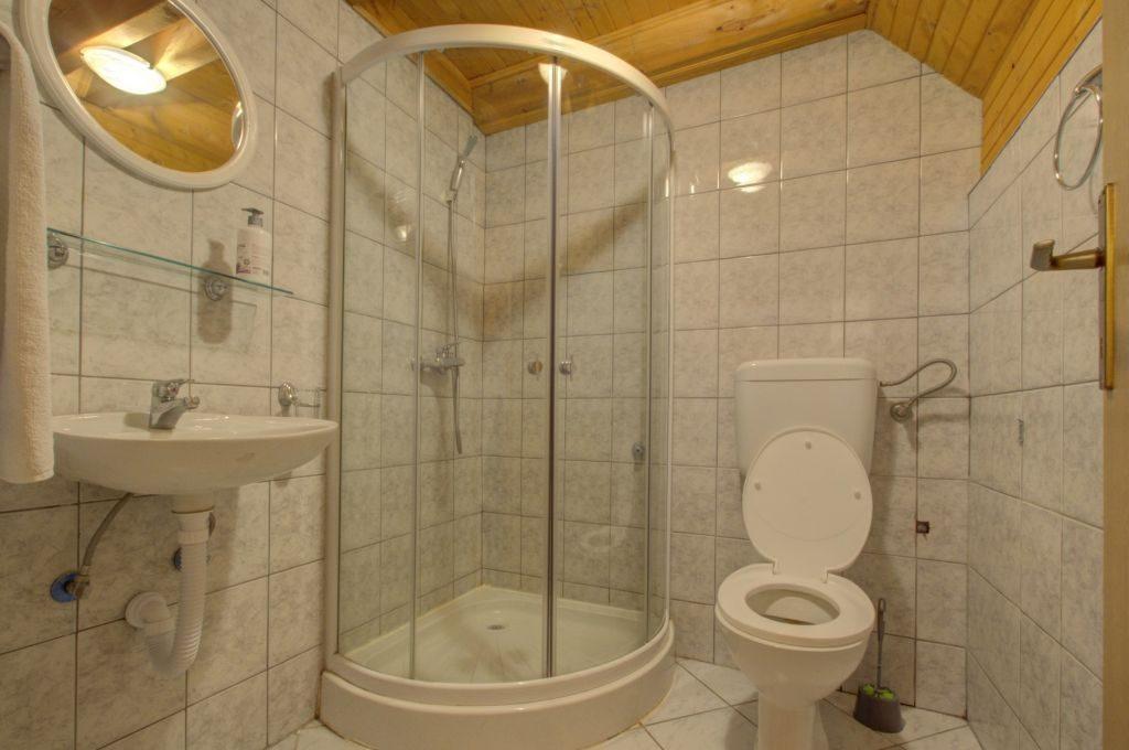 kupatilo app za 8 osoba